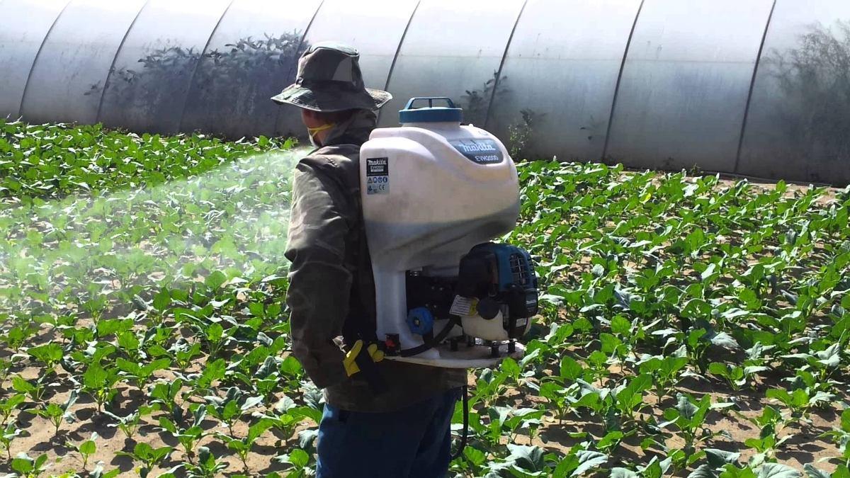 Máy phun thuốc trừ sâu diệt côn trùng makita